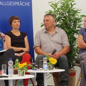 """Podiumsdiskussion beim LLH-Forum """"Stallgespräche"""""""