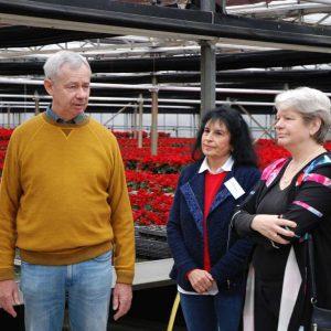 Beim Lokaltermin: Armin Kasten mit Ehefrau, rechts: Staatssekretärin Dr. Beatrix Tappeser